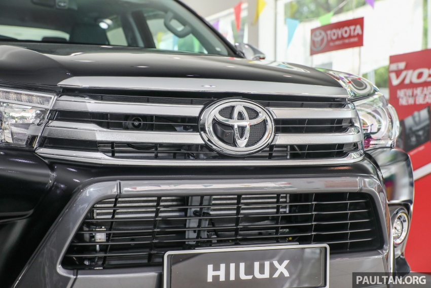 GALLERY: Toyota Hilux 2.8G with Tough Package, PVM Image #723527