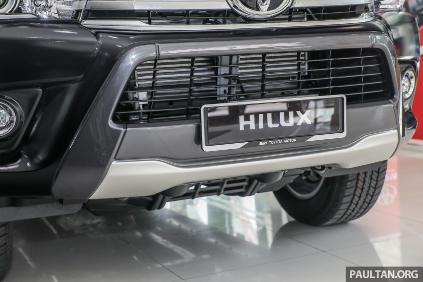 GALLERY: Toyota Hilux 2.8G with Tough Package, PVM Image #723528