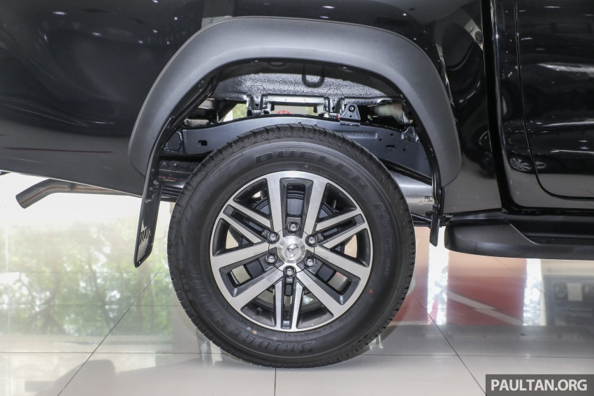 GALLERY: Toyota Hilux 2.8G with Tough Package, PVM Image #723536