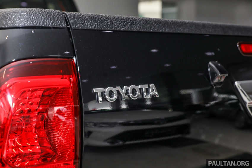GALLERY: Toyota Hilux 2.8G with Tough Package, PVM Image #723544