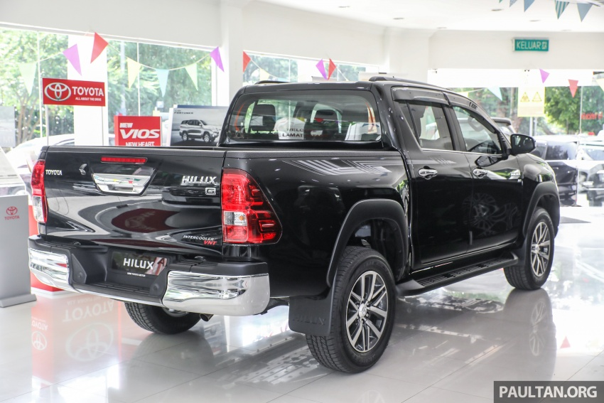 GALLERY: Toyota Hilux 2.8G with Tough Package, PVM Image #723518