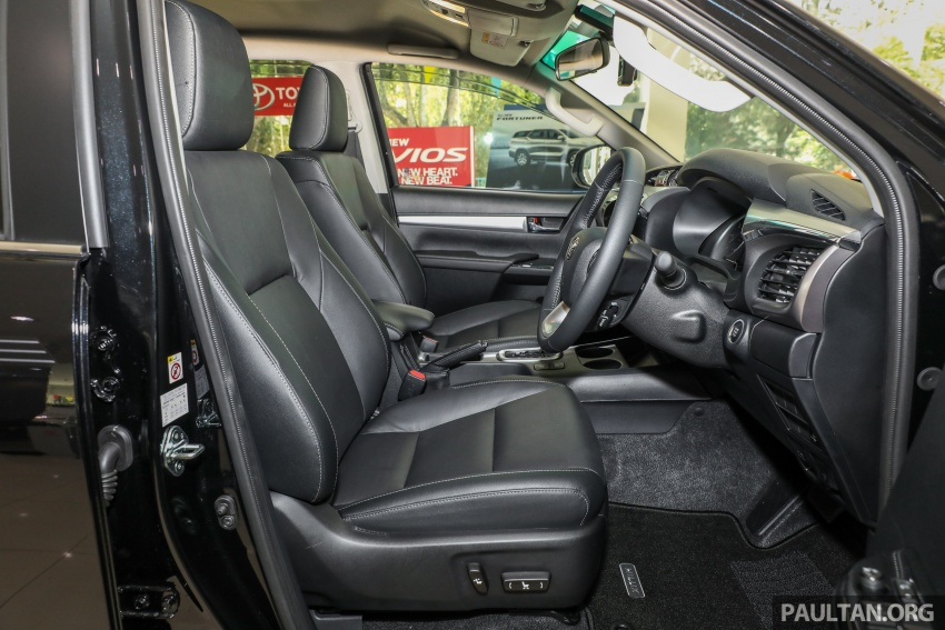GALLERY: Toyota Hilux 2.8G with Tough Package, PVM Image #723570
