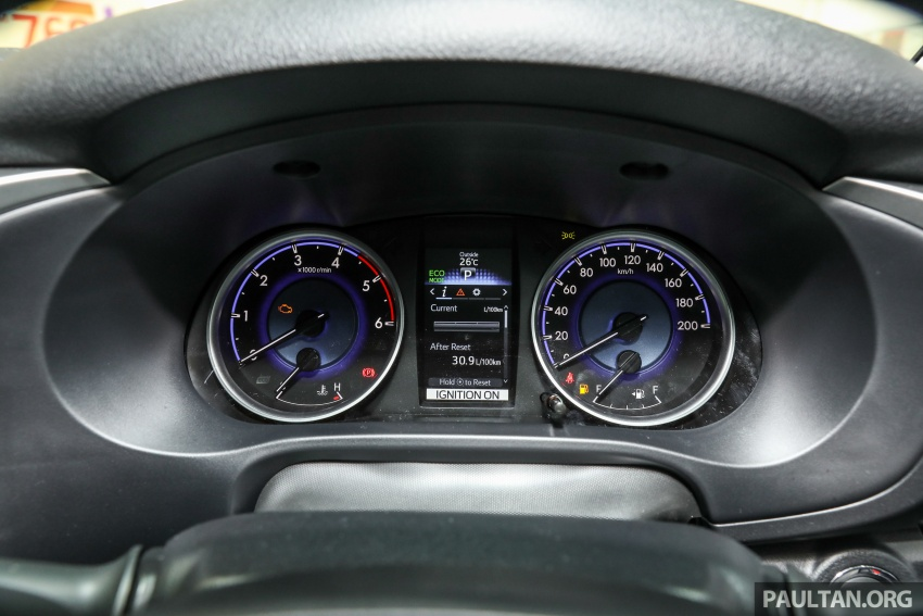 GALLERY: Toyota Hilux 2.8G with Tough Package, PVM Image #723553