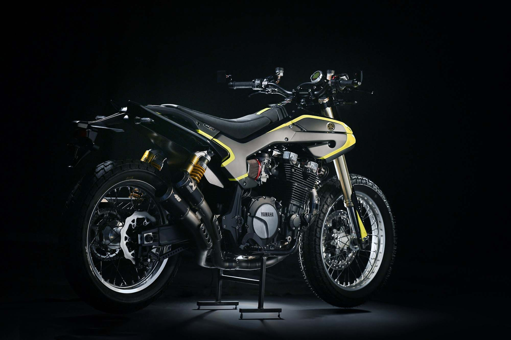 Valentino rossi gets yamaha xjr1300 and it s mya image for Autokraft motors las vegas