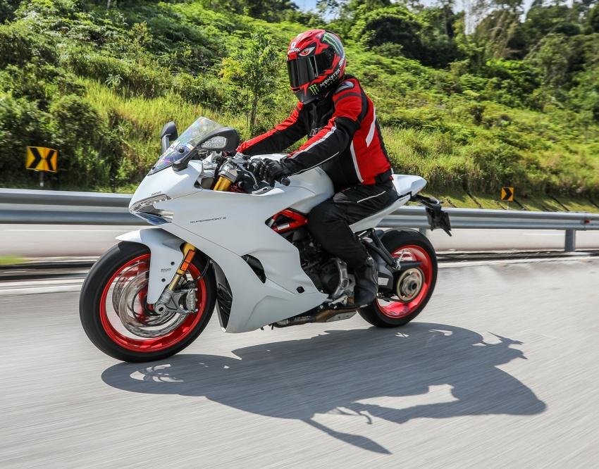 REVIEW: Ducati SuperSport S – proper sports-tourer? Image #744850