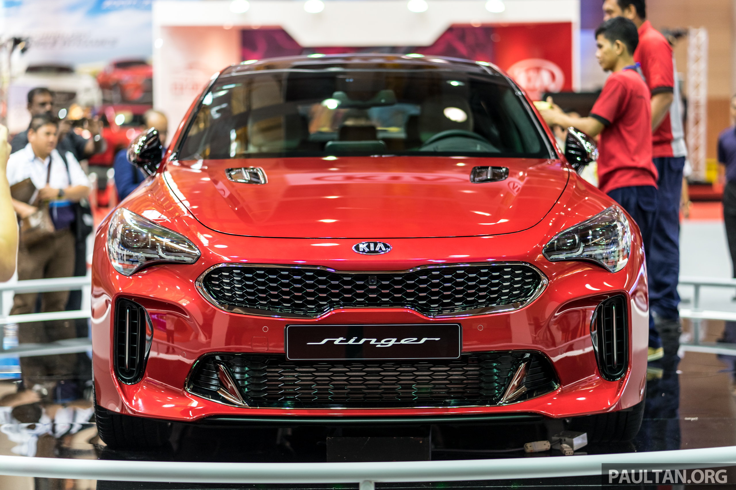 kia stinger gt 3 3l turbo v6 previewed in malaysia paul tan image 735131. Black Bedroom Furniture Sets. Home Design Ideas