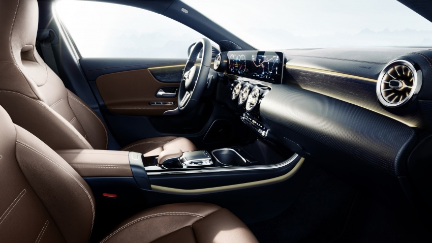 2018 Mercedes-Benz A-Class – interior revealed in full Image #742522