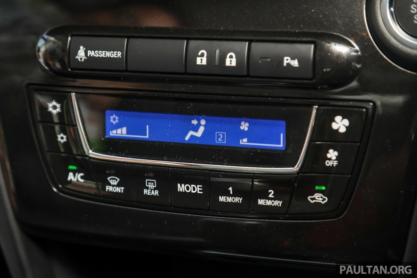 GALLERY: Perodua Myvi Advance 1.5 – 2018 vs 2015 Image #741597
