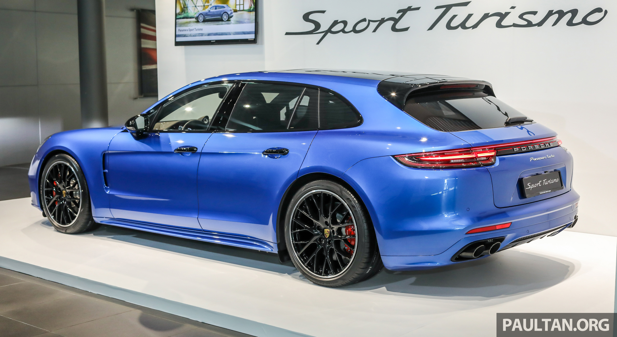 porsche panamera sport turismo previewed in m 39 sia 4 4 e hybrid and turbo models launch in 2018. Black Bedroom Furniture Sets. Home Design Ideas