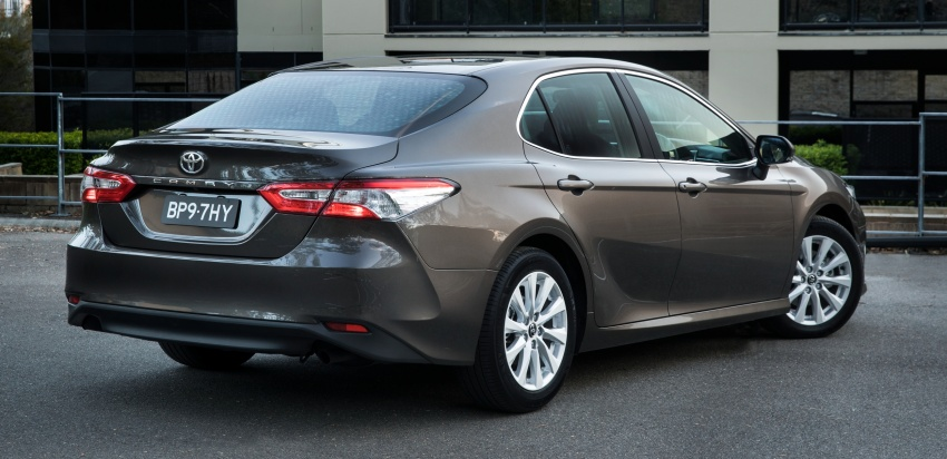 2018 Toyota Camry debuts in Australia – from RM86k Image #741165