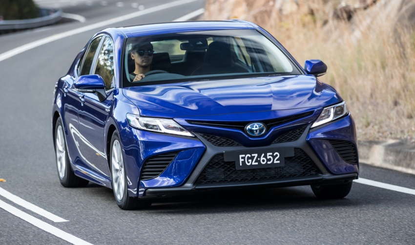 2018 Toyota Camry debuts in Australia – from RM86k Image #741174