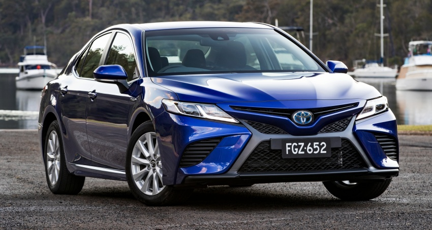2018 Toyota Camry debuts in Australia – from RM86k Image #741175