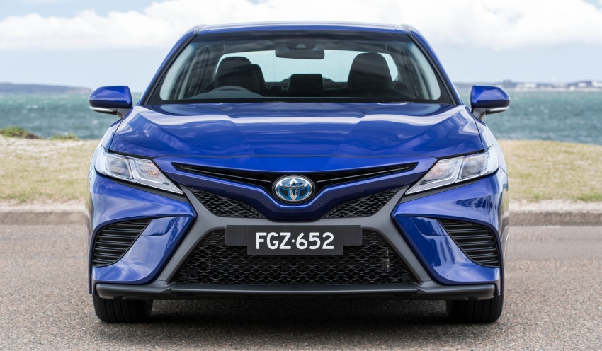 2018 Toyota Camry debuts in Australia – from RM86k Image #741179