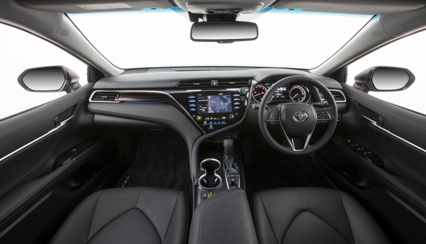 2018 Toyota Camry debuts in Australia – from RM86k Image #741216