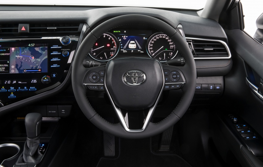 2018 Toyota Camry debuts in Australia – from RM86k Image #741217