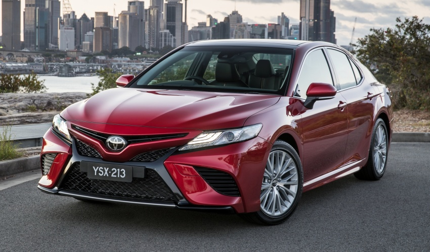 2018 Toyota Camry debuts in Australia – from RM86k Image #741221