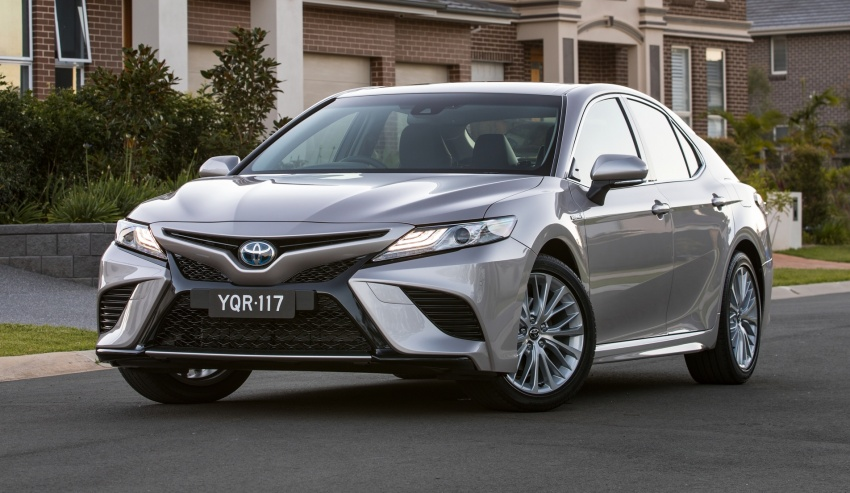 2018 Toyota Camry debuts in Australia – from RM86k Image #741207