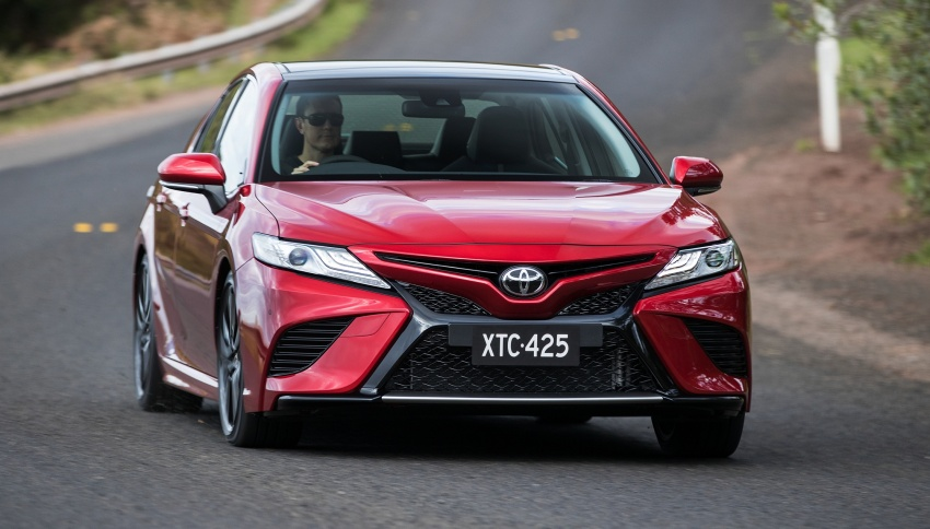 2018 Toyota Camry debuts in Australia – from RM86k Image #741197