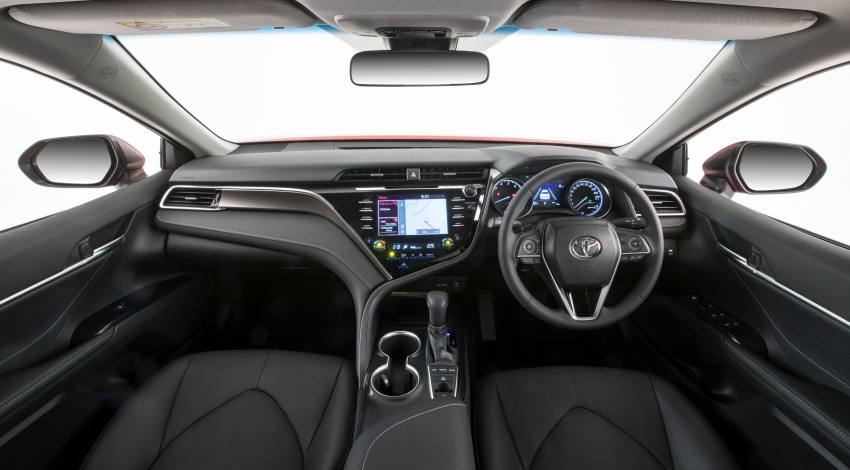 2018 Toyota Camry debuts in Australia – from RM86k Image #741203