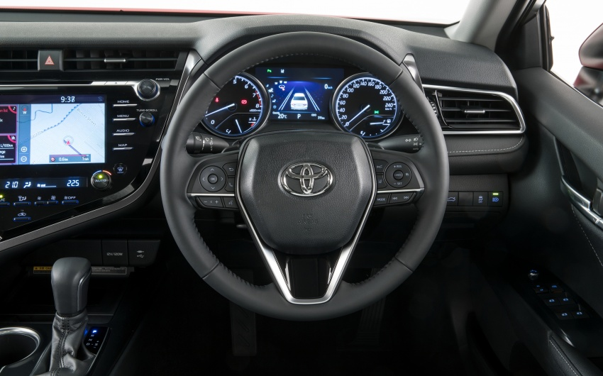 2018 Toyota Camry debuts in Australia – from RM86k Image #741204