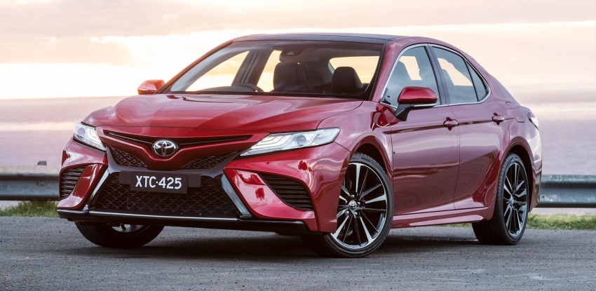 2018 Toyota Camry debuts in Australia – from RM86k Image #741190