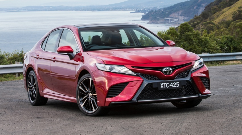 2018 Toyota Camry debuts in Australia – from RM86k Image #741194