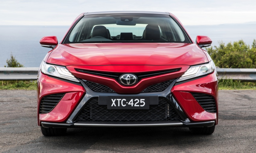 2018 Toyota Camry debuts in Australia – from RM86k Image #741195