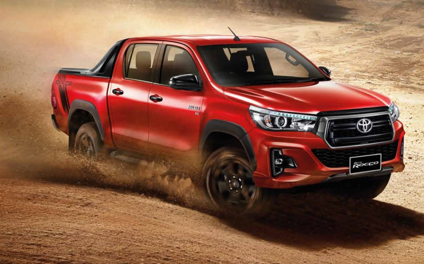 2018 Toyota Hilux facelift gets new Tacoma-style face Image #737646