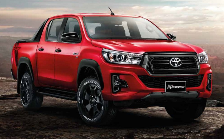 2018 Toyota Hilux facelift gets new Tacoma-style face Image #737648