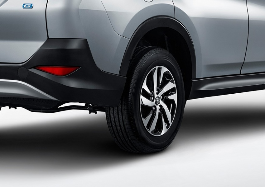 New 2018 Toyota Rush SUV makes debut in Indonesia Image #742814