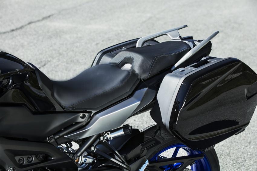 2018-Yamaha-Tracer-900-Detail-50-850x567.jpg