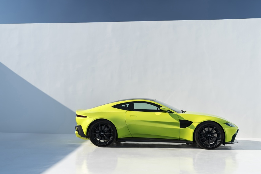 2018 Aston Martin Vantage revealed, packs 510 PS Image #742023