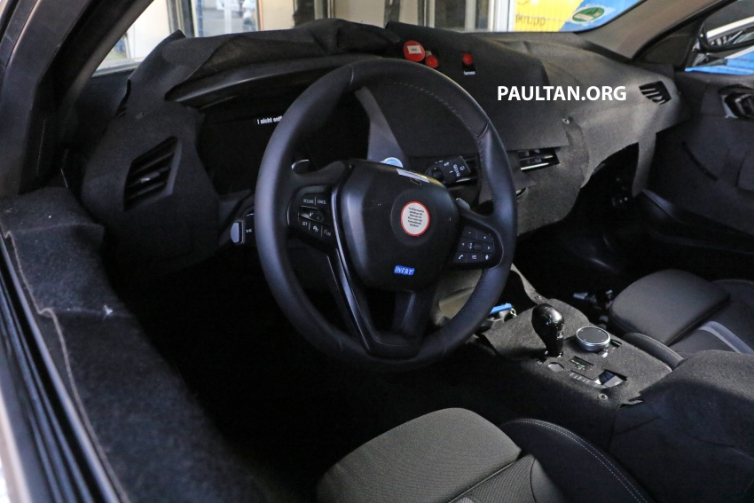 SPIED: Next-gen BMW 1 Series shows its new interior Image #736968