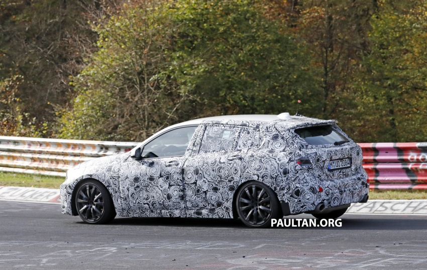 SPIED: Next-gen BMW 1 Series shows its new interior Image #736976