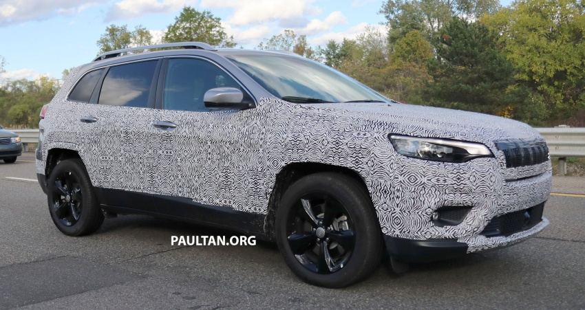 SPIED: 2019 Jeep Cherokee sheds some camouflage Image #737847