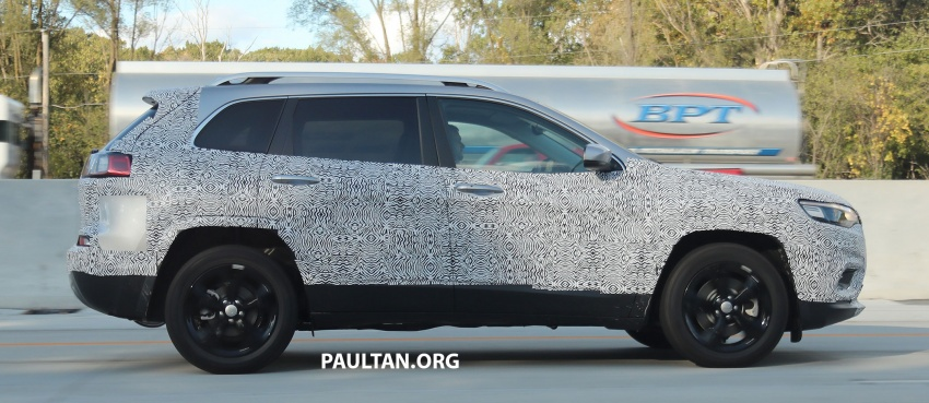 SPIED: 2019 Jeep Cherokee sheds some camouflage Image #737852