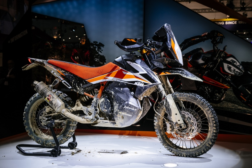 """2017 EICMA: KTM 790 Duke """"The Scalpel"""" – but is the KTM 790 Adventure R off-roader coming in 2019? Image #741052"""