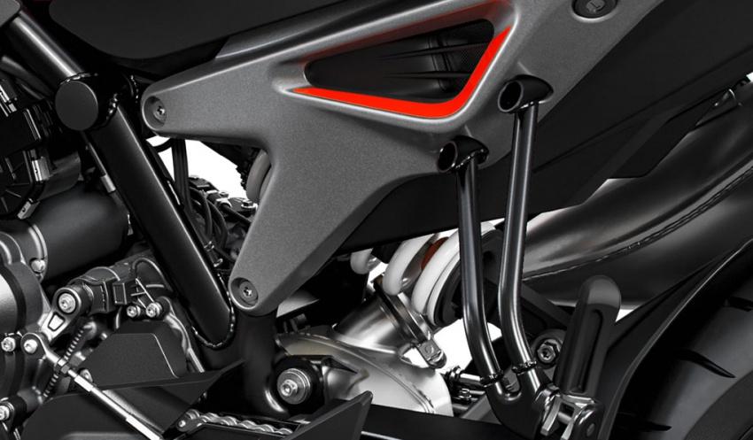KTM Duke 790 tunjukkan enjin baru dua silinder selari Image #734739