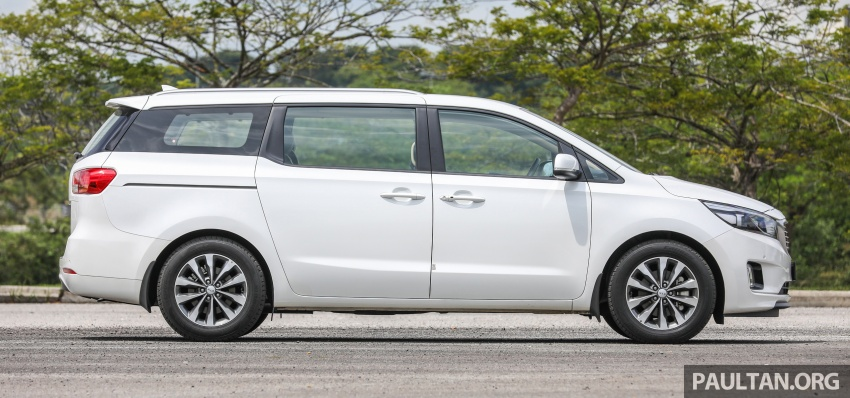 FIRST DRIVE: Kia Grand Carnival 2.2D video review Image #732771
