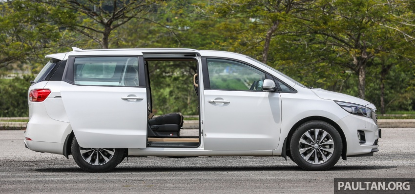 FIRST DRIVE: Kia Grand Carnival 2.2D video review Image #732772