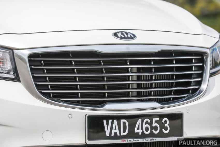 FIRST DRIVE: Kia Grand Carnival 2.2D video review Image #732783