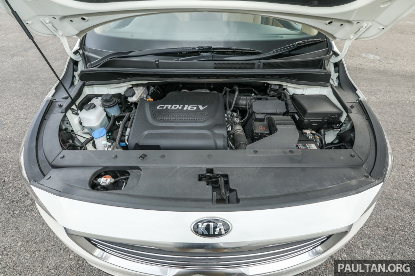 FIRST DRIVE: Kia Grand Carnival 2.2D video review Image #732802