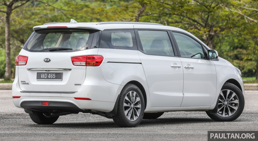 FIRST DRIVE: Kia Grand Carnival 2.2D video review Image #732766