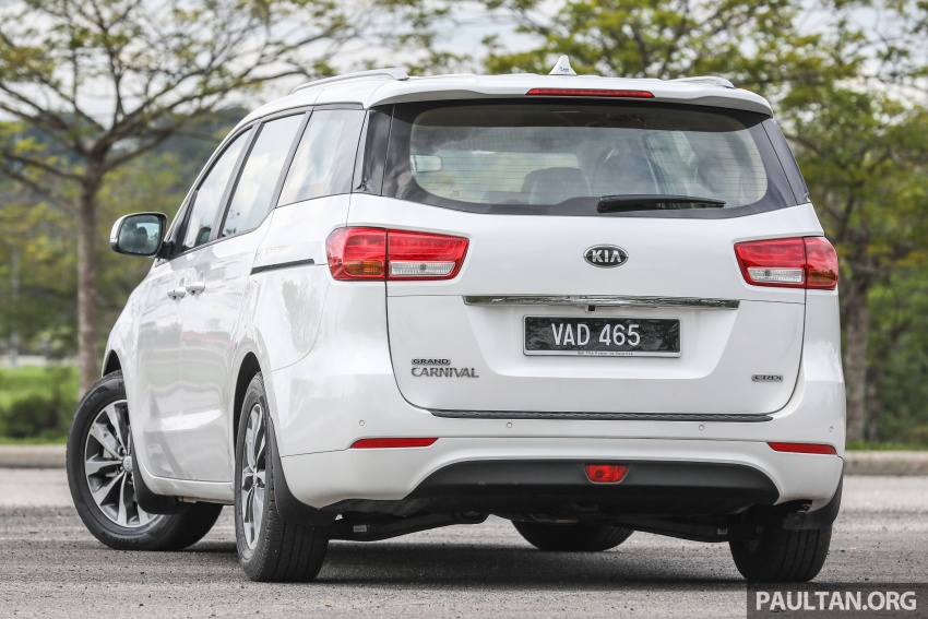 FIRST DRIVE: Kia Grand Carnival 2.2D video review Image #732769