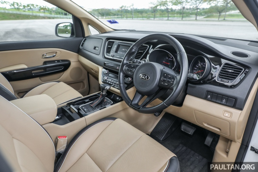 FIRST DRIVE: Kia Grand Carnival 2.2D video review Image #732805