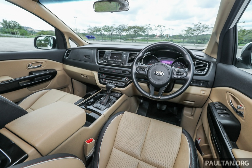 FIRST DRIVE: Kia Grand Carnival 2.2D video review Image #732834