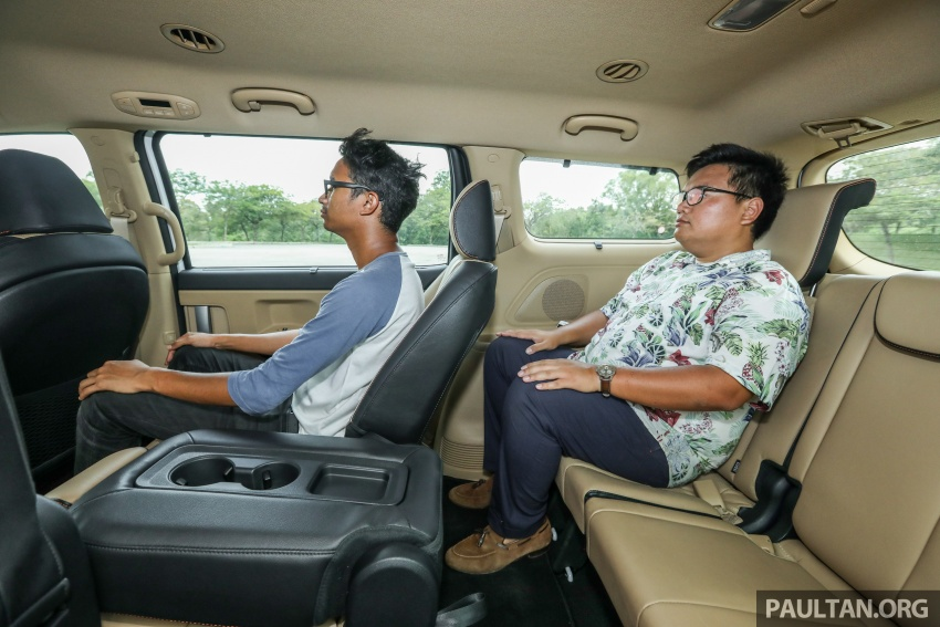 FIRST DRIVE: Kia Grand Carnival 2.2D video review Image #732847