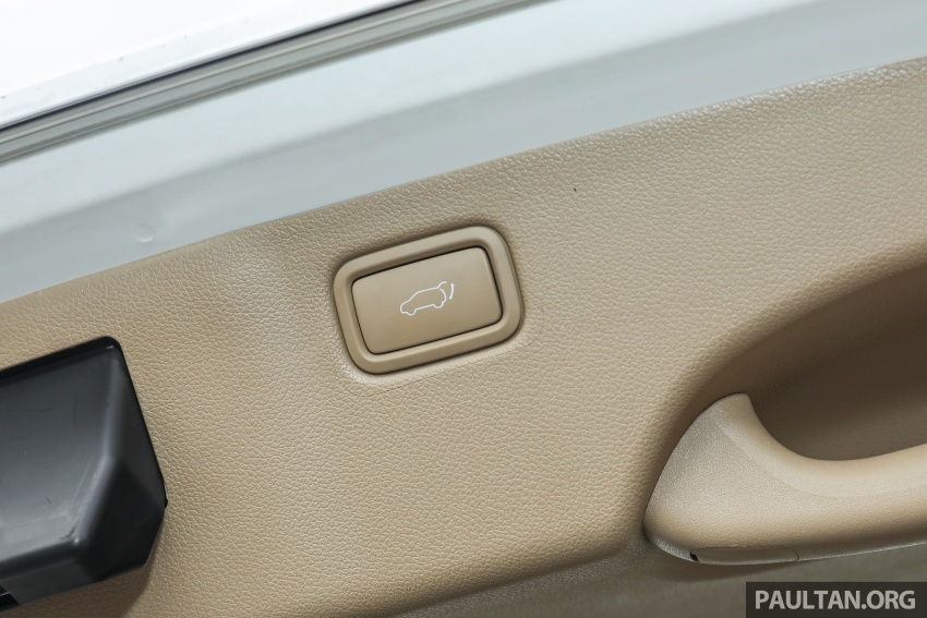 FIRST DRIVE: Kia Grand Carnival 2.2D video review Image #732856