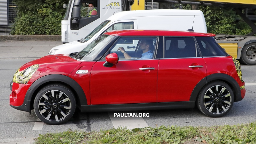 SPIED: MINI Cooper S 5 Door facelift gets new engines Image #737872