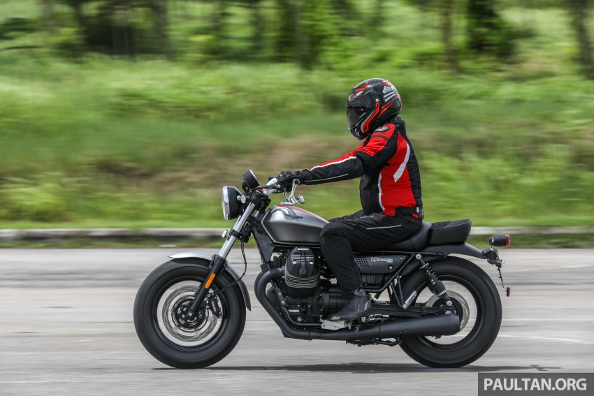 REVIEW: 2017 Moto Guzzi V9 Bobber – riding Stelvio Image #744316
